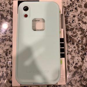 iPhone XR LifeProof case